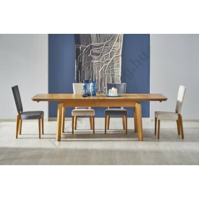 Rois asztal kihúzva, Rois székekkel